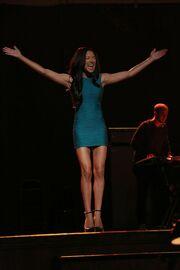 Glee-season-5-EWFRTH67I-funny-girl-understudy-frenemies