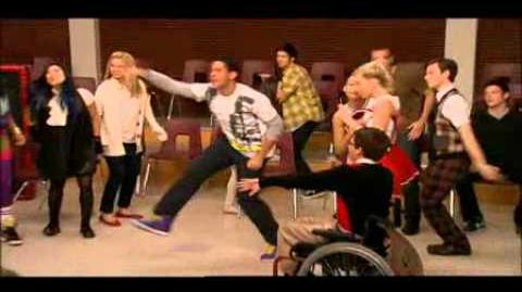 "Glee - Episode ""Hello"" - Behind the Scenes - B-Roll"