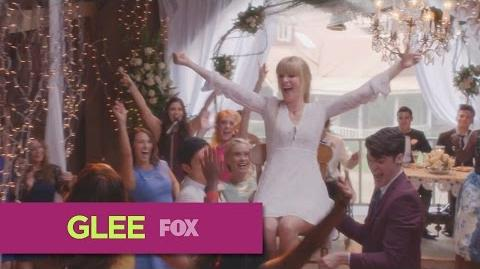 "GLEE Full Performance of ""Hey Ya"" from ""A Wedding"""