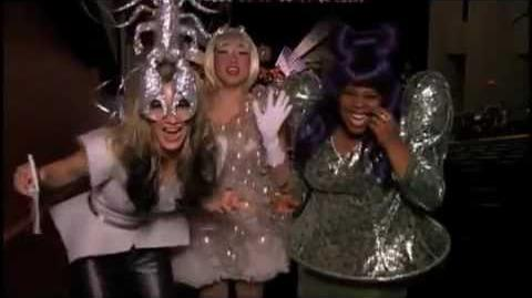 Glee - Lady Gaga (Theatricality) Behind The Scenes-0