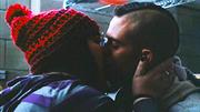 Lauren-puck-kiss
