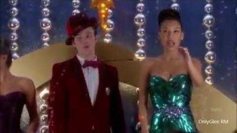 """GLEE """"Away in Manger"""" (Full Performance) From """"Previously Unaired Christmas"""""""