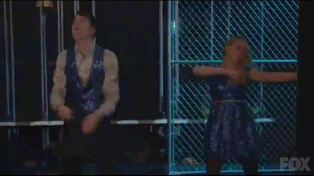 "Glee - ""Uptown Funk"" (Full Performance)"