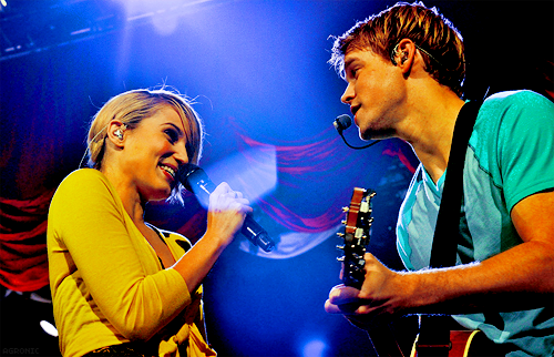 Image - Dianna-Chord-Glee-Live-sam-and-quinn-22915095-500-322.png ...