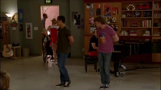 Glee Signed Sealed, Delivered, I'm Yours