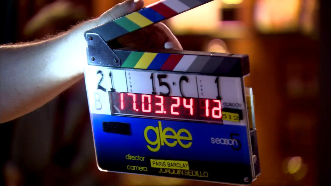 "Sneak Peek ""100"" GLEE"