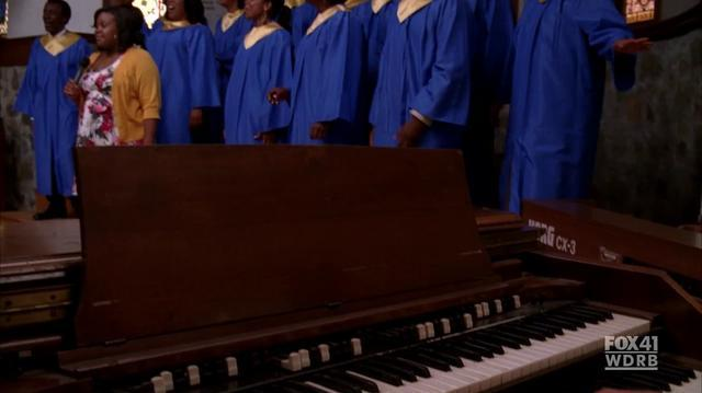 Bridge Over Troubled Water - Glee S02E03 - by @FCAmberRiley