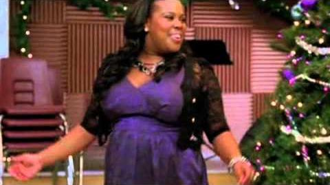 Glee-All I Want For Christmas Is You (Full Performance)-1