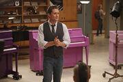 Glee scene11-13choirroom 0452