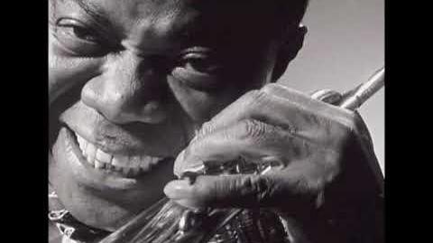 Louis Armstrong - When You're Smiling