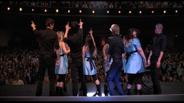 "Glee ""Loser Like Me""-0"