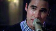 Darren-criss-crying-for-kurt-on-glee-break-up