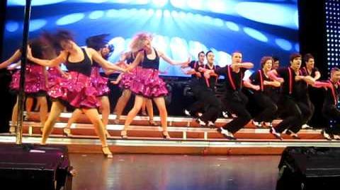 Rehab Vocal Adrenaline-Glee Live 2010