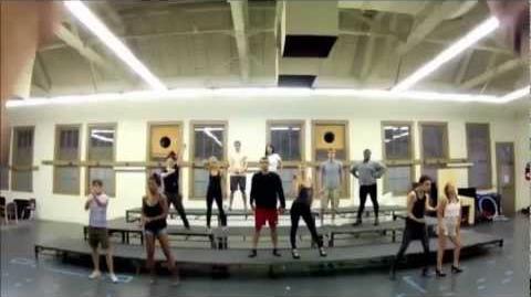 Glee fait le Gangnam Style! (Vostfr)