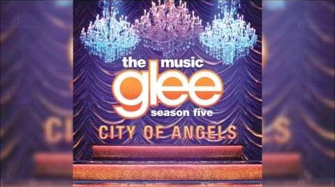 I Still Haven't Found What I'm Looking For Glee HD FULL STUDIO-1