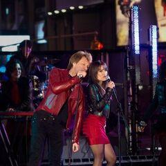 Lea & Bon Jovi in Happy New Year