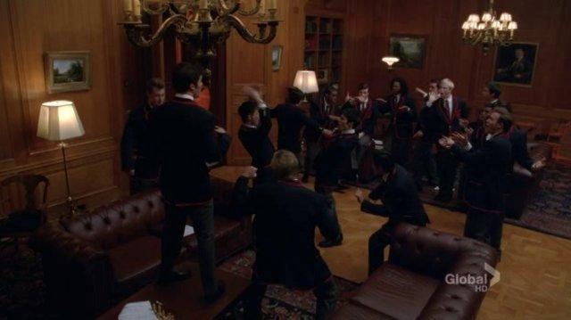 Glee - bills bills bills (full performance)