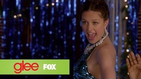 """Full Performance of """"Love Child"""" from """"Previously Unaired Christmas"""" GLEE"""