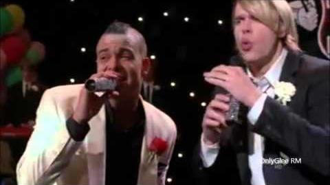 "GLEE ""Friday"" (Full Performance) From ""Prom Queen"""