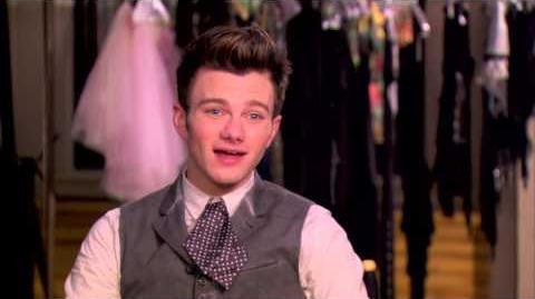 """Sneak Peek """"Glee Actually"""" GLEE"""
