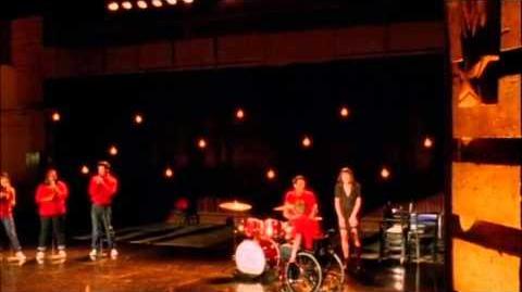 Glee-Don't Stop Believin' (Rachel Solo) Full Performance
