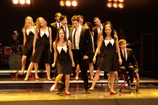 Hello, Goodbye | Glee TV Show ...