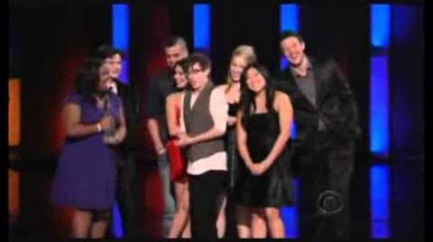 Glee Wins 2010 Peoples Choice Awards