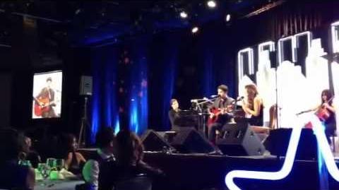 Darren Criss & Lea Michele - Falling Slowly (HD)-0