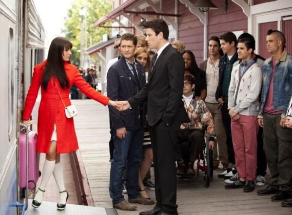 File:Glee213576.jpg