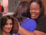 Glee Mercedes Rachel Hug