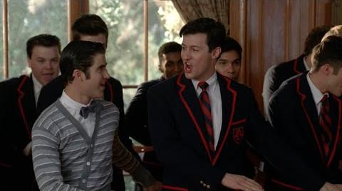 GLEE - Uptown Girl (Full Performance) HD