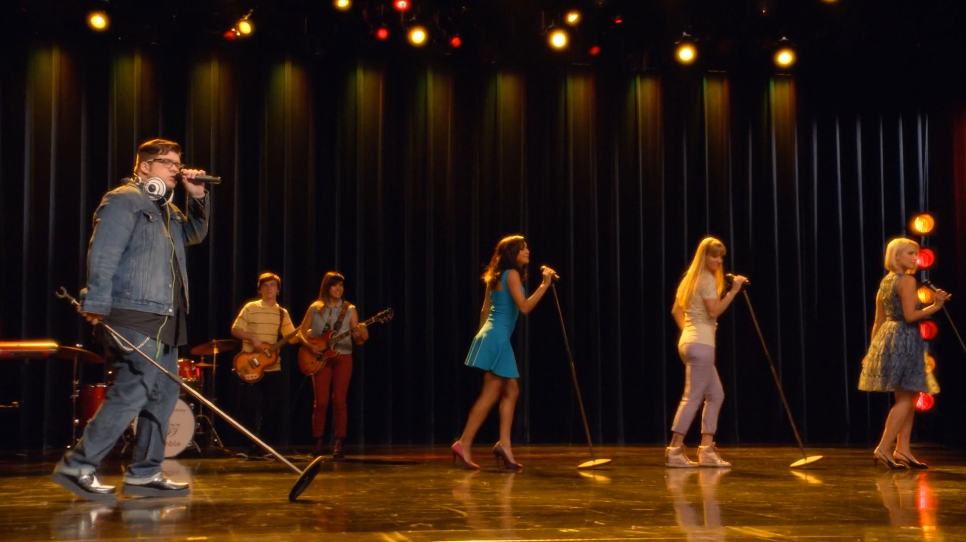 Mustang Sally Glee Tv Show Wiki Fandom Powered By Wikia