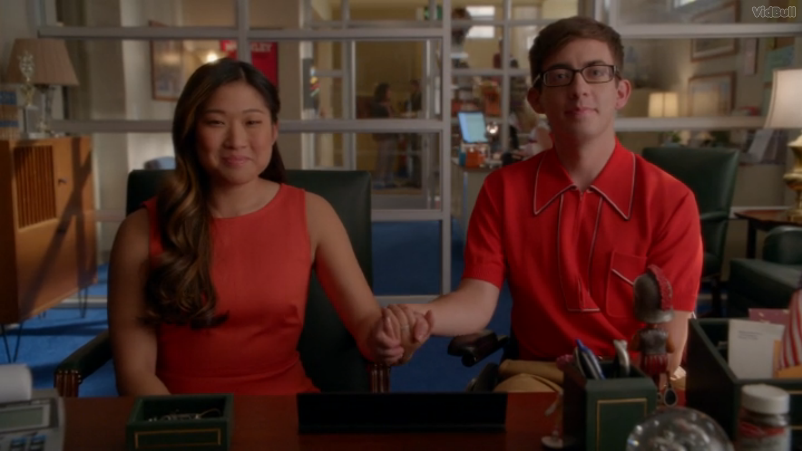 Who is actually dating on glee