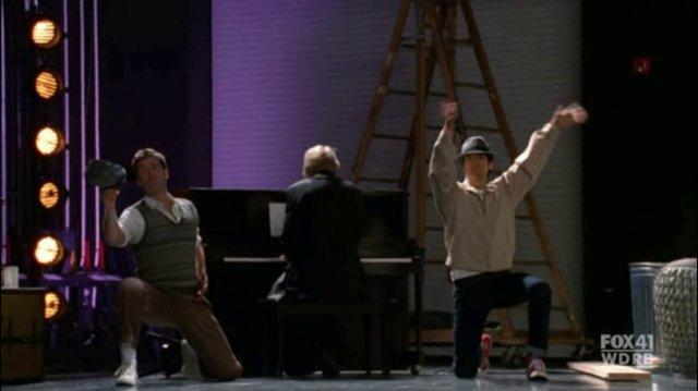 GLEE - Full Performance of ''Make 'Em Laugh''