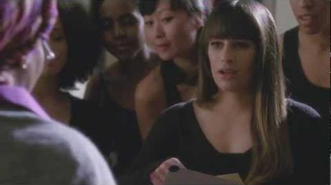 """Rachel Invited to Winter Showcase from """"Swan Song"""" GLEE"""