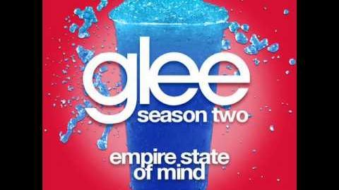Glee - Empire State Of Mind (LYRICS)
