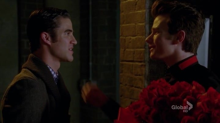 Who is kurt hookup on glee