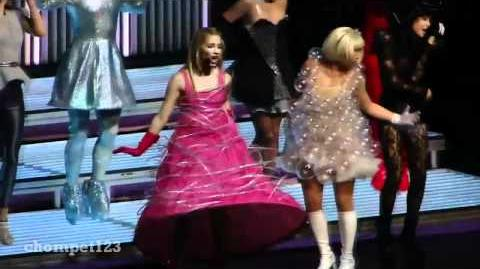 Bad Romance - Glee Live Official (Footage Collaboration)