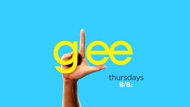 Full Performance of 'Fire and Rain' from 'The Quarterback' GLEE