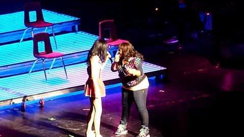 Glee Live- The boy is mine