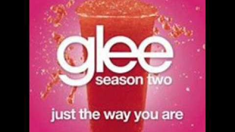 Glee - Just The Way You Are (LYRICS)