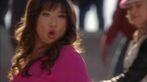 GLEE Full Performance of Hung Up