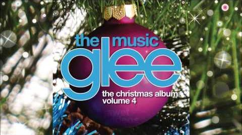 Away In A Manger - Glee Cast HD FULL STUDIO *THE CHRISTMAS ALBUM VOL
