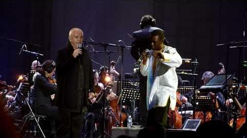 Peter Gabriel - In Your eyes with Youssou N'Dour - Paris Bercy 23 03 2010
