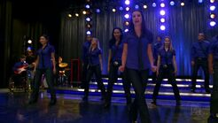 Glee - Somebody to Love