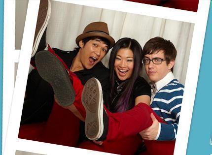 Glee Cast Fox Photo Booth Shoot 11380028 430 315 Jpg