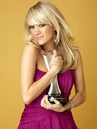 Carrie underwood300