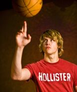 400px-Chord overstreet (2)