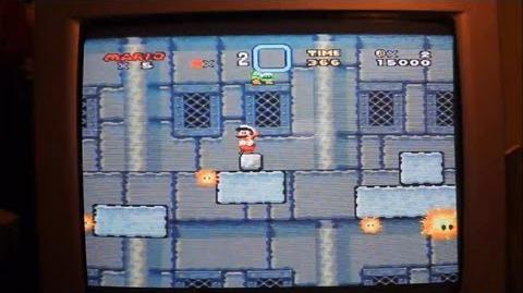 Super Mario World - Instant exit item (Green orb glitch) (Superglitch) SNES Real