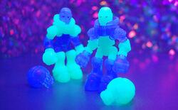 Glow-sneak-full-bl2